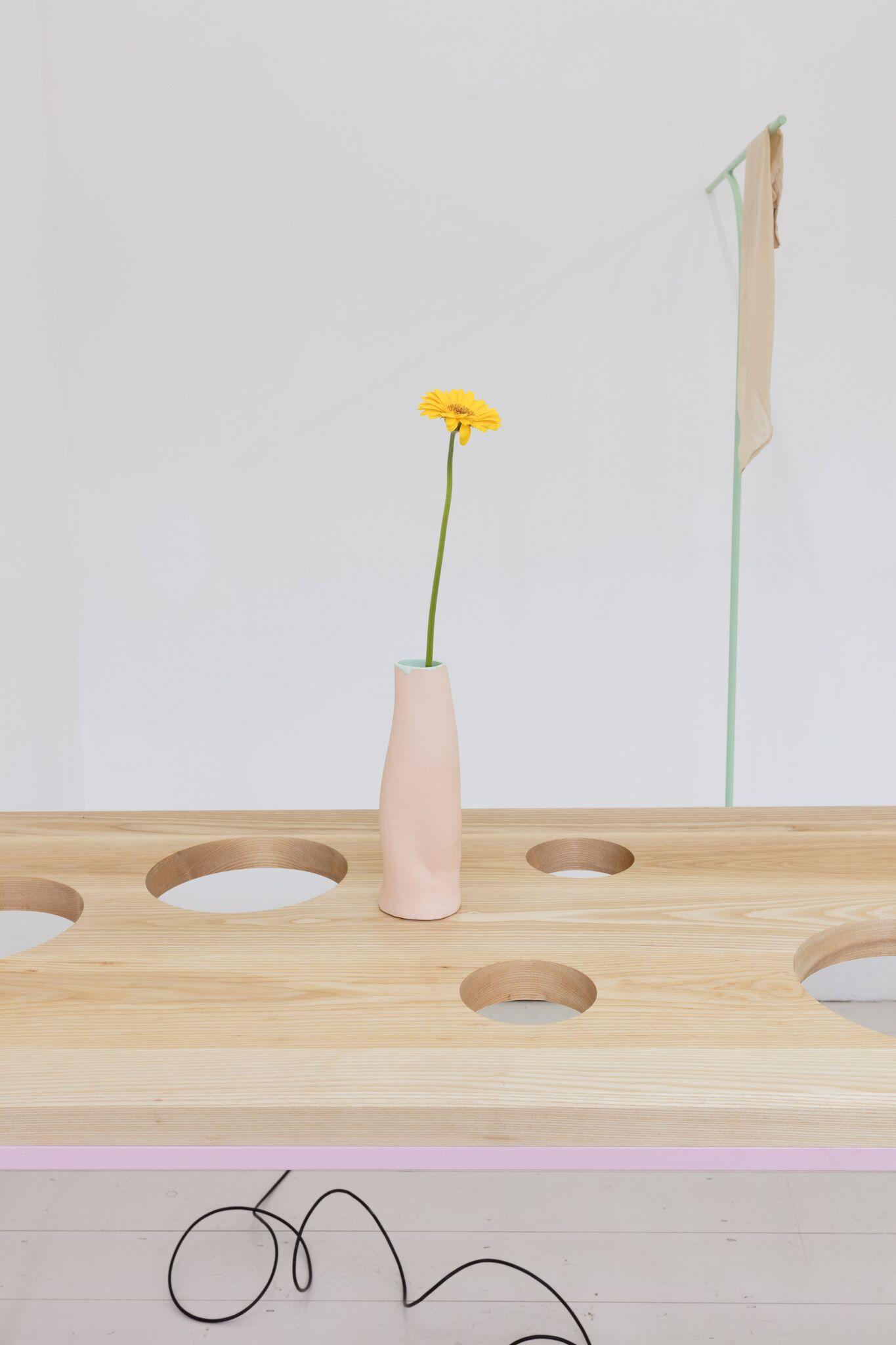 Ben Cain, Passive Imperative Participation Vibe, installation view, 2018. Documentation: Plastiques Photography (Ben Cain - Passive Imperative Participation Vibe 16)