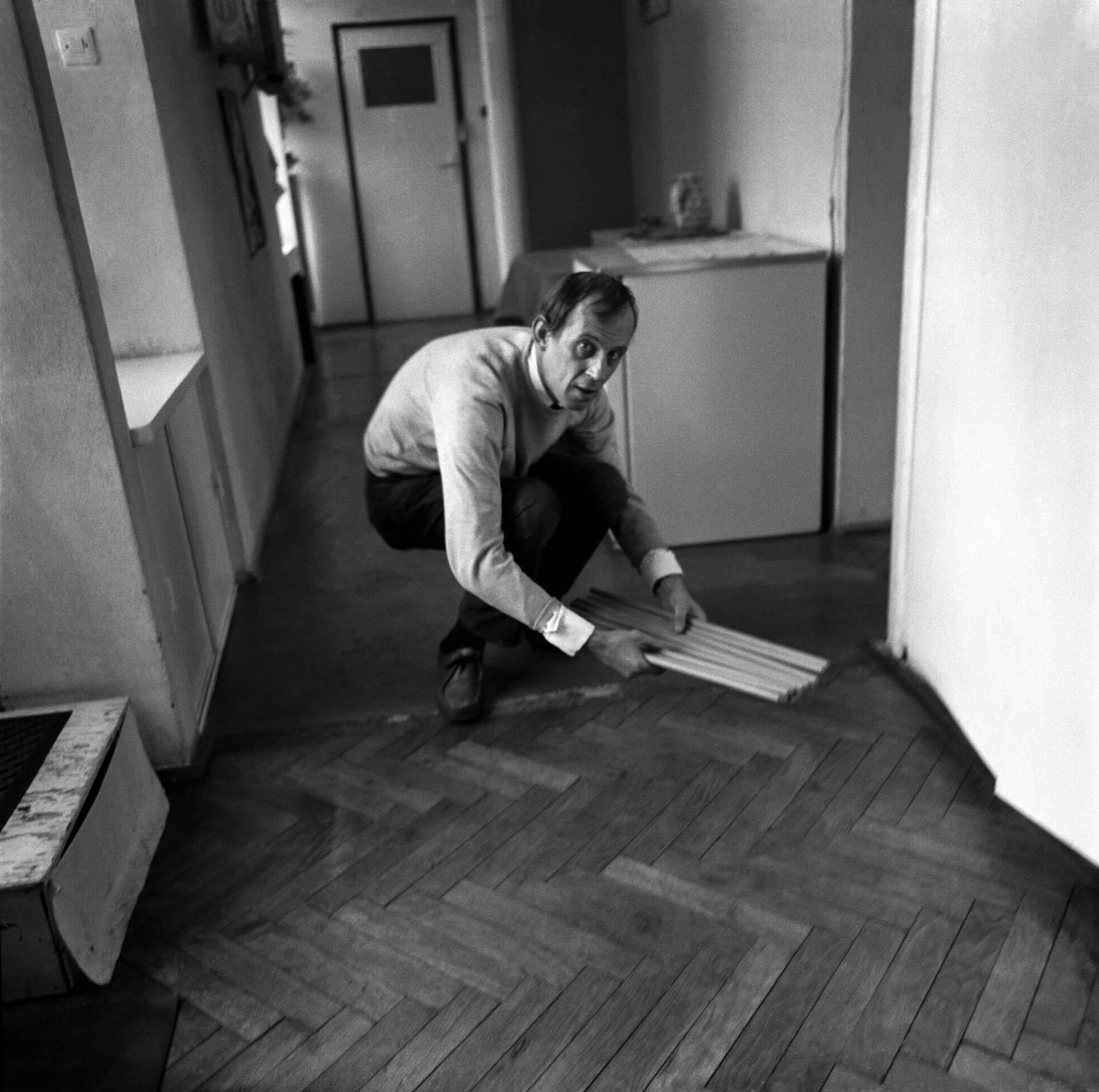 Photo by Eustachy Kossakowski ©Hanna Ptaszkowska and archive of Museum of Modern Art Warsaw  (Edward Krasiński 3)