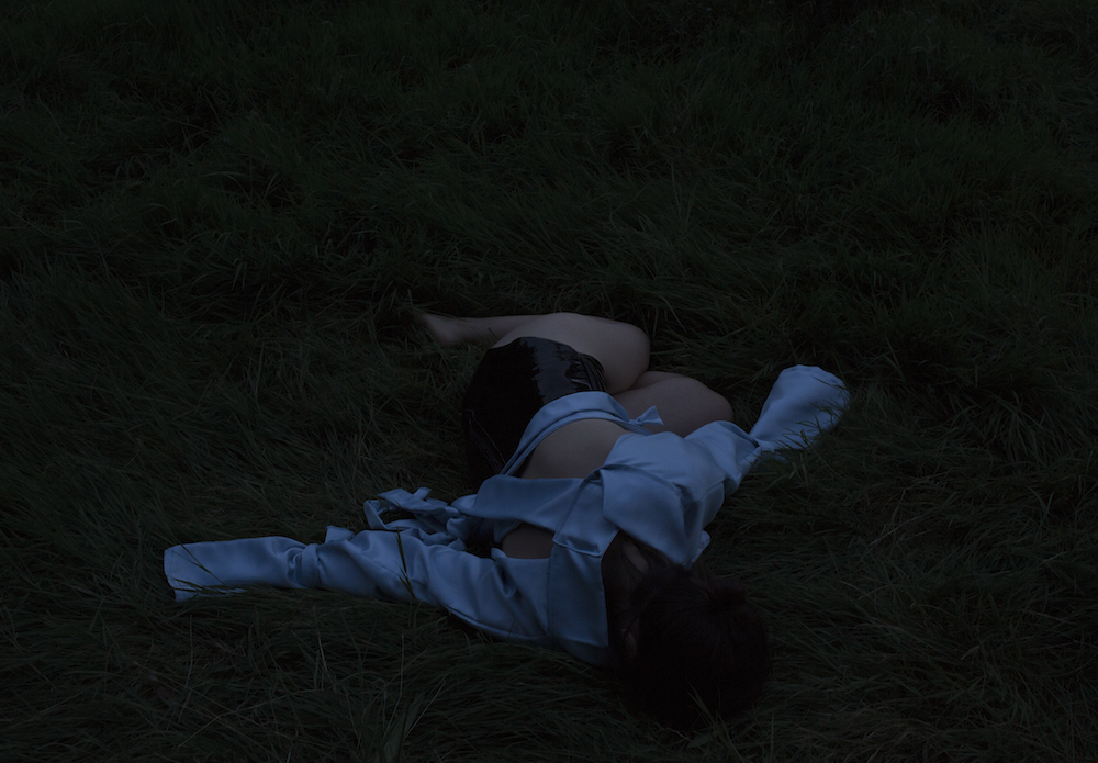 Mary Hurrell, 1,538 °C (as horizon), 2017, C-type Fuji Flex, Performance for camera, Photography: Agata Madejska (Mary Hurrell - Radical Affinities Residency 0)
